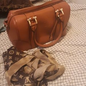 Gucci purse and louie v scarf